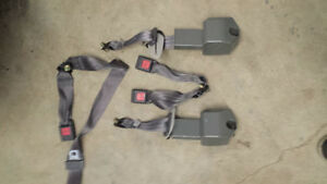 rear seat belts from 1991 toyota Cressida