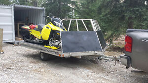 Floe Versa Trac drive on drive off sled trailer