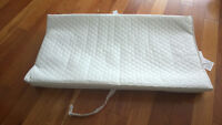 White Change Pad, great condition