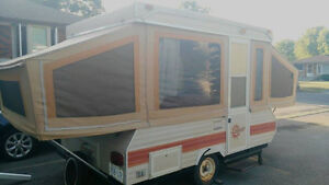 Good Condition Camping Trailer
