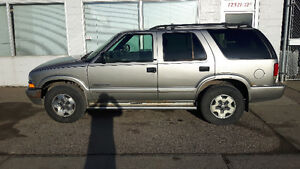 2002 Chevrolet Blazer LS Cloth SUV, Crossover $2000 OBO