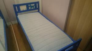 IKEA Children Bed + duvet , pillow and linens