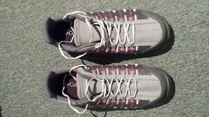 Columbia grey and pink running shoes -- BRAND NEW -- West Island Greater Montréal image 3