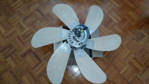 """Uberhaus ventilateur de plafond 30""""/Ceiling fan 30 inch."""