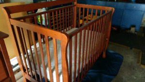 Baby Crib, Dresser and Change Table