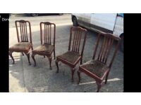 Set of 4 antique dinning chairs. Good condition. Can deliver