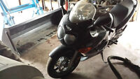 looking to sell 2004 GSX-R 650
