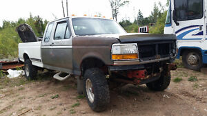 parting out 1996 ford f250 diesel 4x4