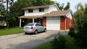 5 BEDROOM 3 BATH - HOUSE FOR RENT!
