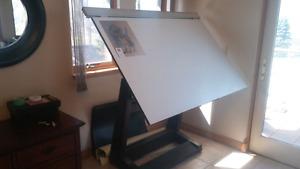 Drafting table, art Easal