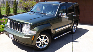 Fully Loaded Jeep Liberty - Limited Chrome Edition