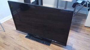 Used 42 inch LED Philips for sale (good condition) Windsor Region Ontario image 1