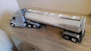 Toy semi and trailer