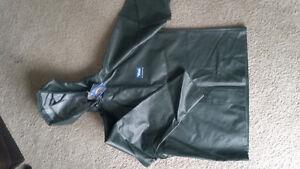 camrose viking premium oil resistant rain jacket never used