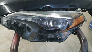 2017 corolla headlight
