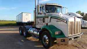 2005 Kenworth T800 day cab with wet kit