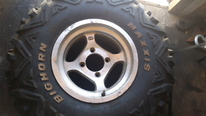 1 Big Horn Maxxis and ITP rim off 2007 Rhino