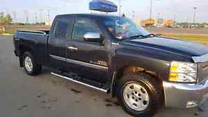 REDUCED!! 2013 Chevy Silverado Extended Cab 4x4 Chrome