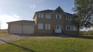2500 COUNTRY ESTATE HOUSE FOR RENT ON FARM