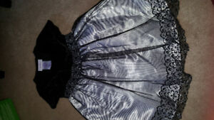 Size 3t dress excellent new condition.  Only warn two times