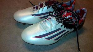 Soccer Shoes - Adidas Messi 10.1 - White - Size 9 US Stratford Kitchener Area image 7