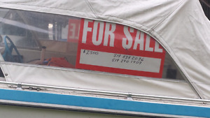 18' tri-hull, bowrider boat for sale.