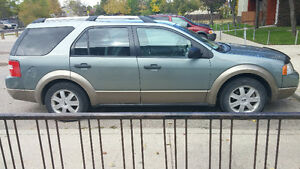 2005 Ford FreeStyle/Taurus X Hatchback