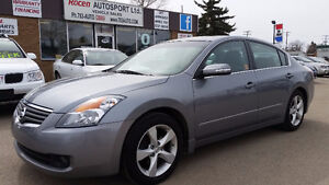 CERTIFIED Nissan Altima SE - Heated Leather  Sunroof  IN YORKTON