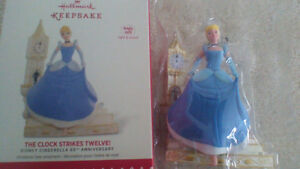 "HALLMARK CINDERELLA "" The Clock Strikes 12."" .... NEW IN BOX."