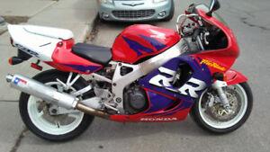 mint 1998 HONDA CBR 900RR