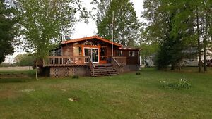 Varty Lake Cottage Booking for 2018