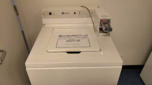 Laveuse commerciale MAYTAG 699.99$