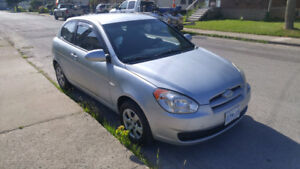 2007 Hyundai Accent hatchback automatic with safety+etest