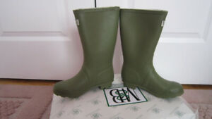 NEW Moneysworth and Best Kid's Rubber Rain Boots size 3 youth
