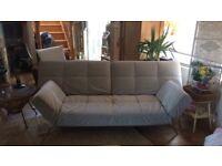 Lignet Rosetta smala sofa in grey
