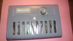 agricultural air switch -- Honeywell    T631C