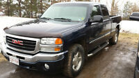 2005 GMC Sierra 1500 Nevada Edition Pickup Truck