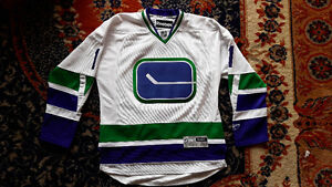 Embroidered Canucks Jersey