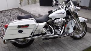 2006 Harley Davidson Road King $12,600 OBO