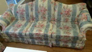 2 piece couch set London Ontario image 3