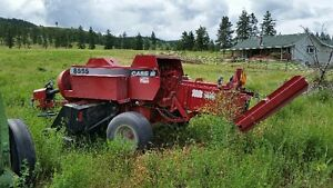 case 8555 square baler like new condition