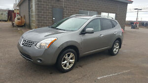 2010 Nissan Rogue -LOW KMS!!!!