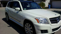 2010 GLK 350 Premium Pack 4Matic/Nav/Leather/Pano Roof
