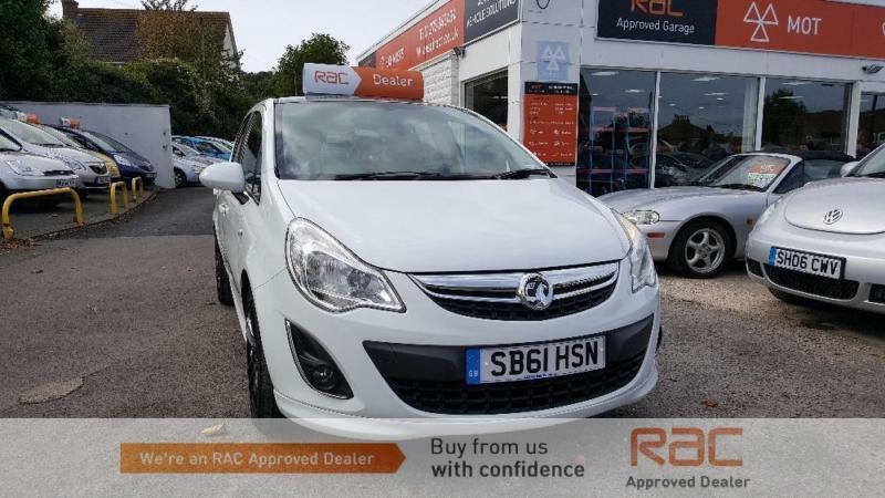 VAUXHALL CORSA LIMITED EDITION 2011 Petrol Manual in White