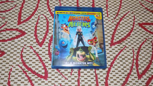MONSTERS VS. ALIENS BLU-RAY EXCELLENT CONDITION WITH 3D GLASSES