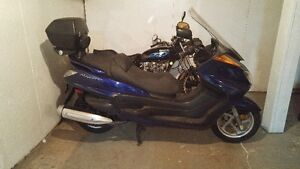 YAMAHA YP400T  SCOOTER  4 STROKE DOHC