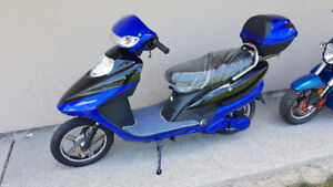 NEW 48V-72V E-Bikes / E-Scooters WE PAY THE HST