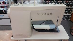 Singer sewing machine West Island Greater Montréal image 4