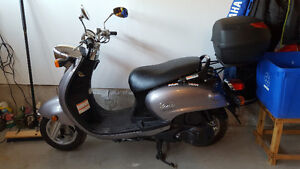 Vino 125cc Scooter for Sale