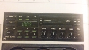 **ISO ORIGINAL stereo deck and equalizer for 1988 Mustang GT